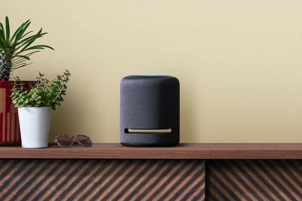 Altavoz inteligente Echo Studio de Amazon